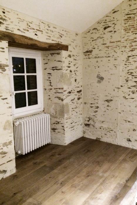 Rénovation - Palier avec pierres apparentes - Beaupréau 49