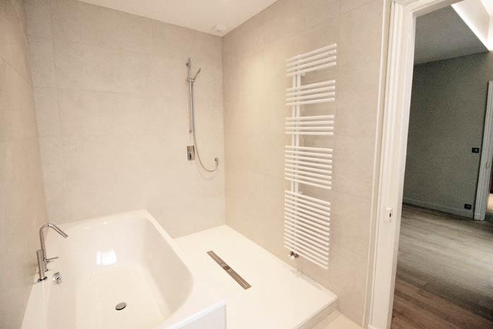 Salle de bain - restauration d'un appartement - Nantes 44