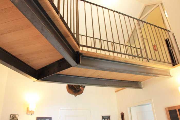 Structure de la passerelle bois/métal