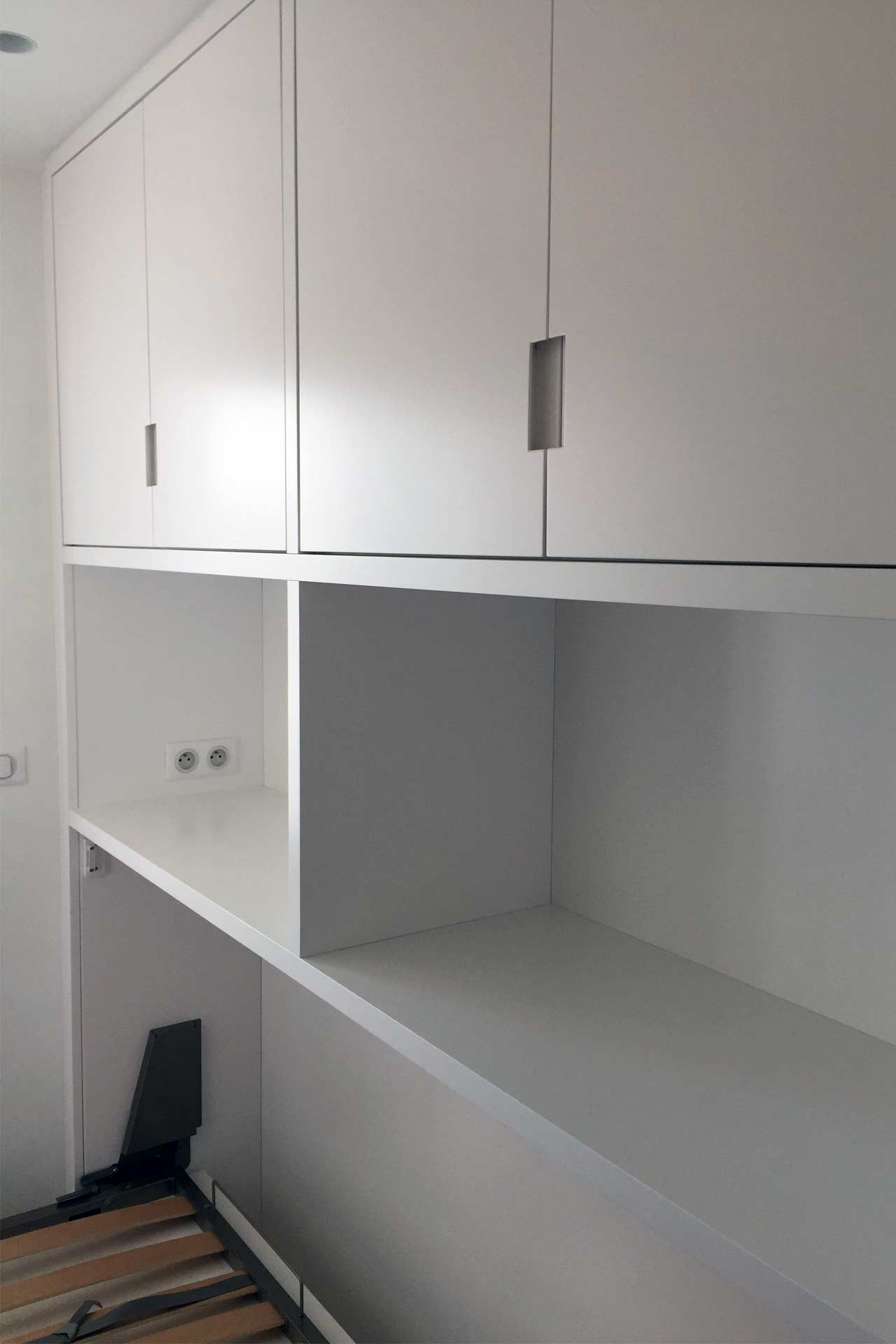 Dressing avec lit rabattable - Transformation d'un appartement Architecture d'intérieur
