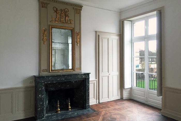 Cheminée et trumeau restauré salon à Nantes