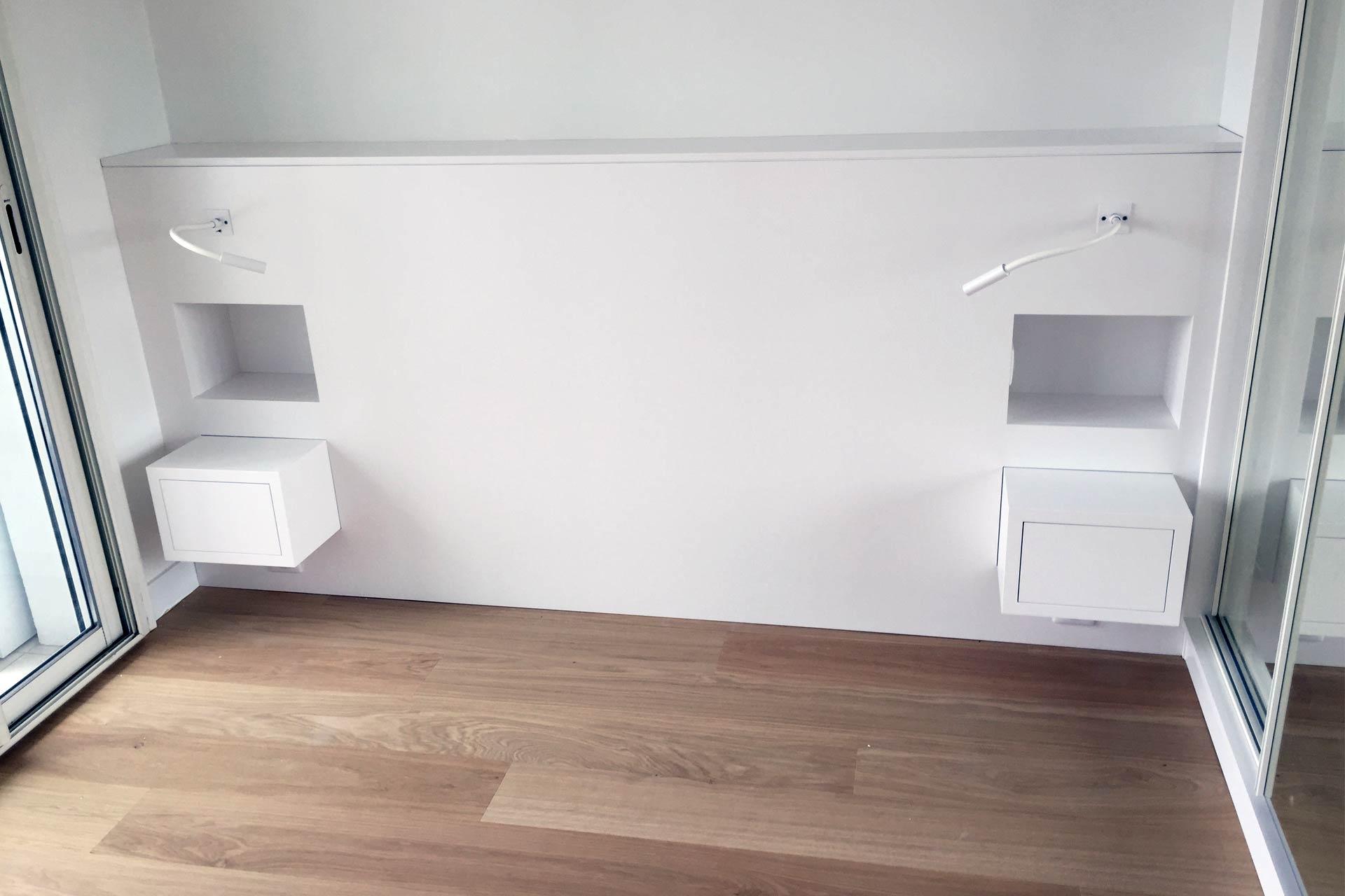 Tête de lit sur mesure - rénovation complète d'un appartement