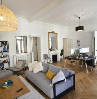 Bel appartement du centre ville de Nantes rénové