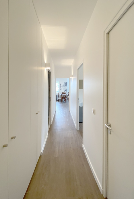Couloir placard - Rénovation La Baule 44